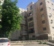 Spacious Apartment Near Major Shopping Center of Ramat Eshkol