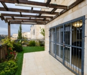 Beautiful Cottage, Great Location in Givat Ze'ev