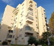 !Large Apartment for sale in Maalot Dafna 4 rooms + view