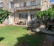 Cottage for Sale in Ramat Eshkol